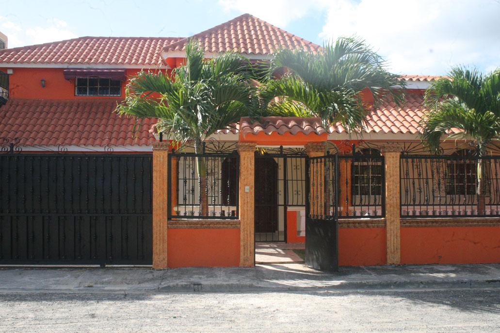 Excelente Casa Familiar en San Pedro